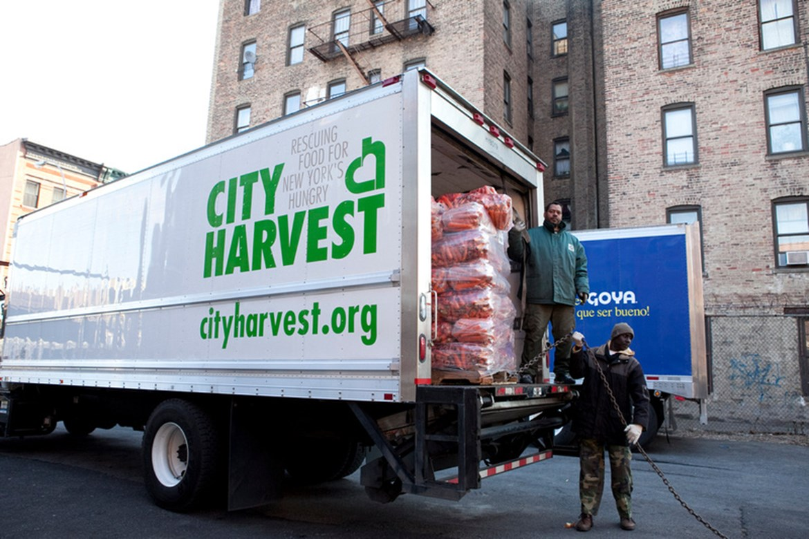 GOYA FOODS DONATES 40,000 POUNDS OF FOOD TO CITY HARVEST DURING THE HOLIDAY SEASON AS PART OF THE #GOYAGIVES CAMPAIGN