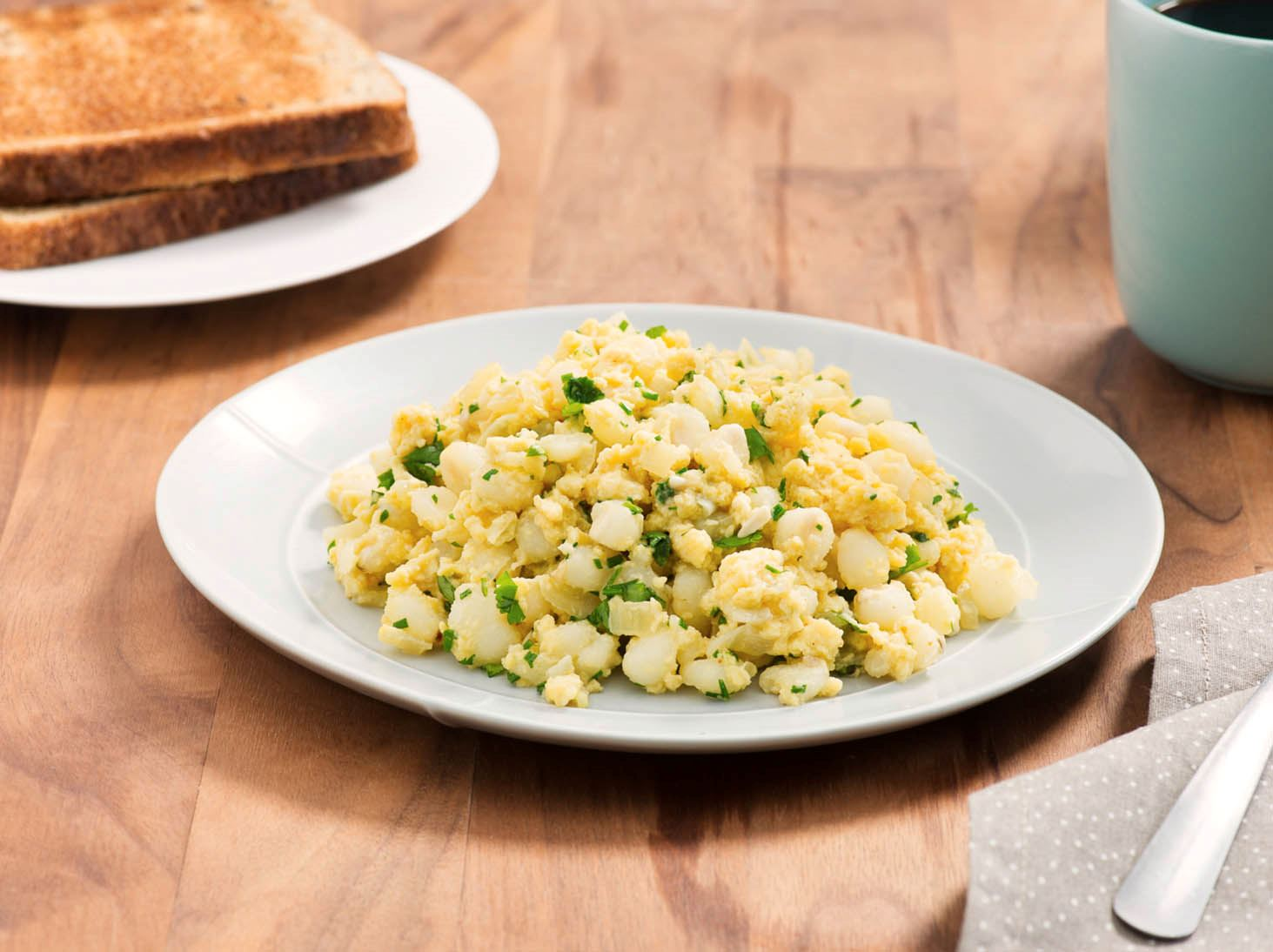 Hominy with Eggs
